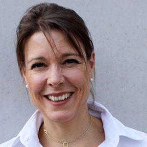 Dr. Andrea Strasser